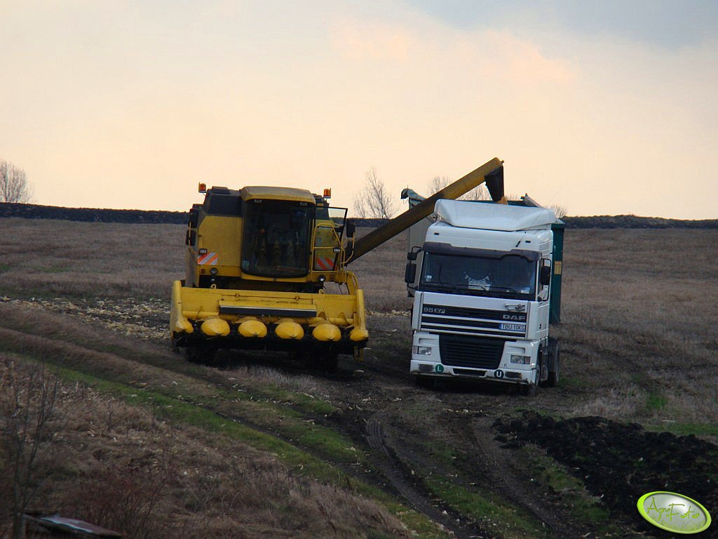 New Holland TC 56 i TIR