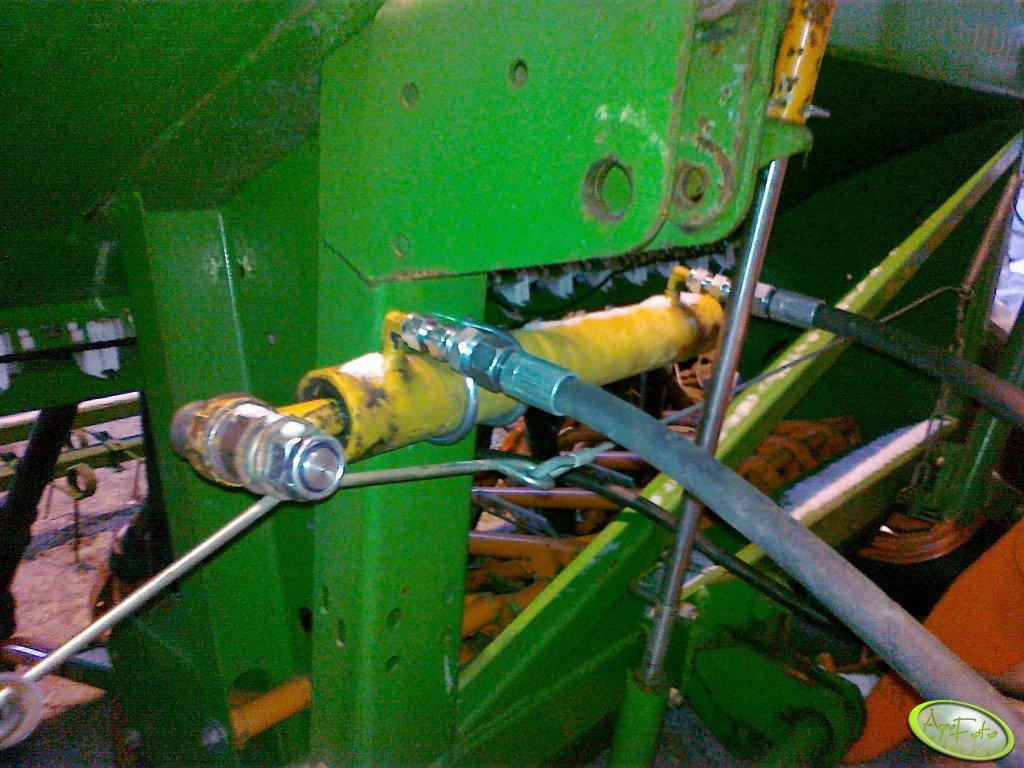 Przerzutnik hydrauliczny