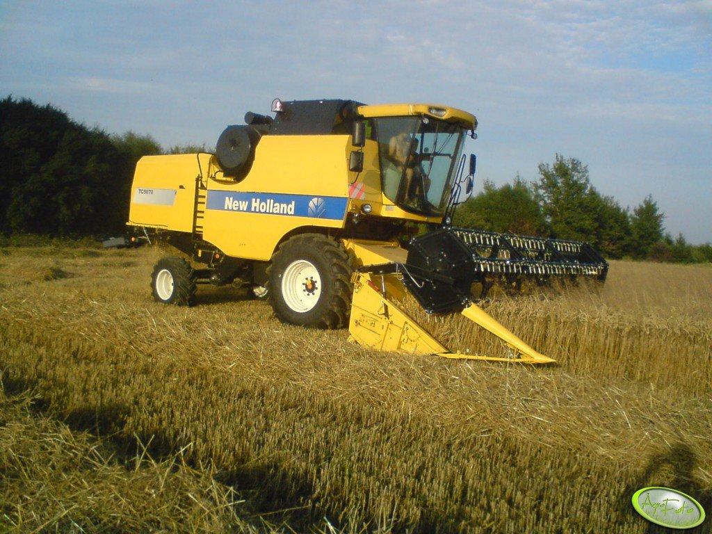 New Holland TC5070