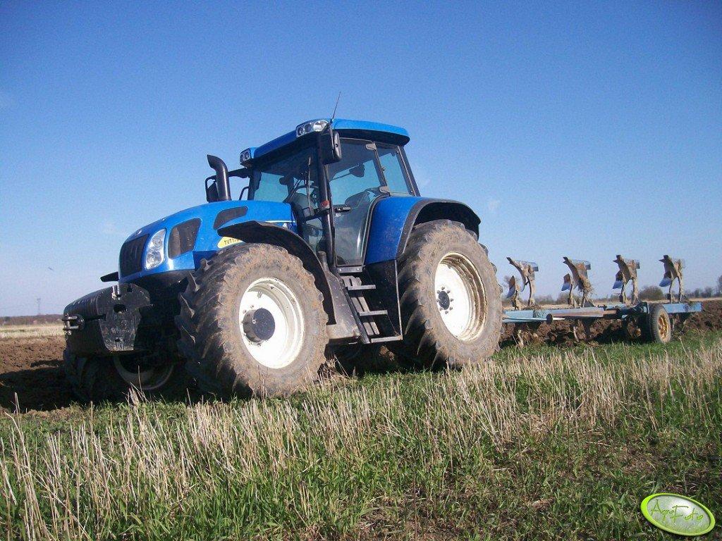 New Holland TVT 170 + Overum 5x50