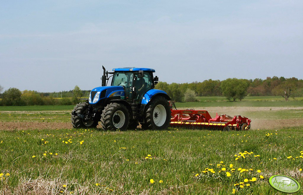 New Holland T6090 + Väderstad Carrier 500