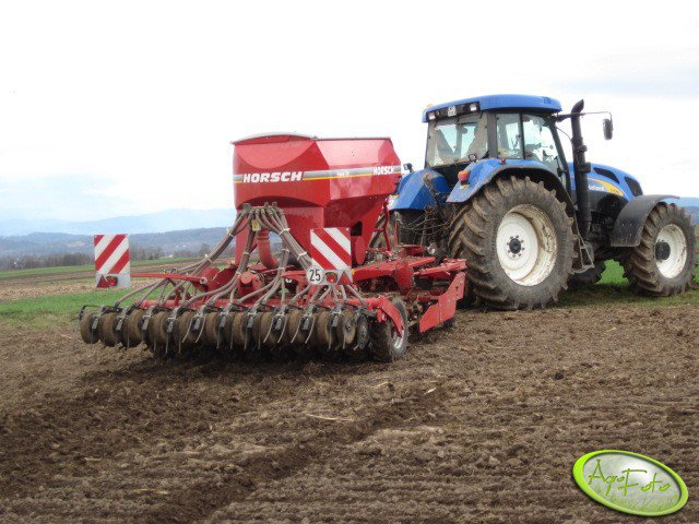 NH T7550 + Horsch Pronto