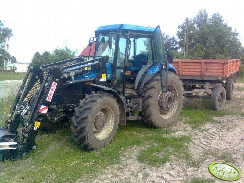NH TD80D + przyczepa 4,5 t