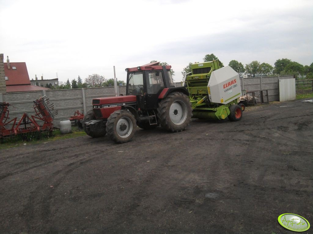 Case 1056xl + Claas Variant 280