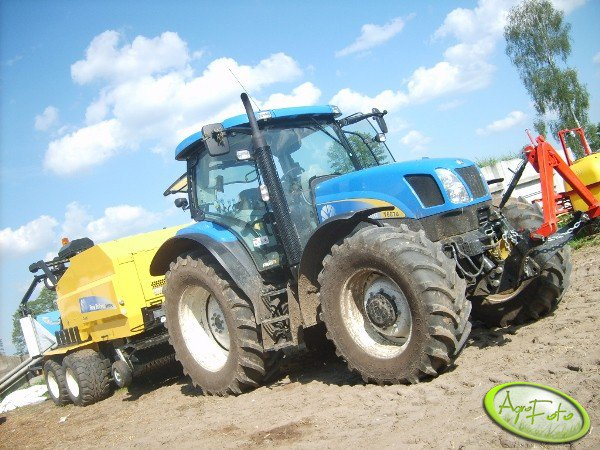 New Holland T6070 + New Holland BR 6090 Combi