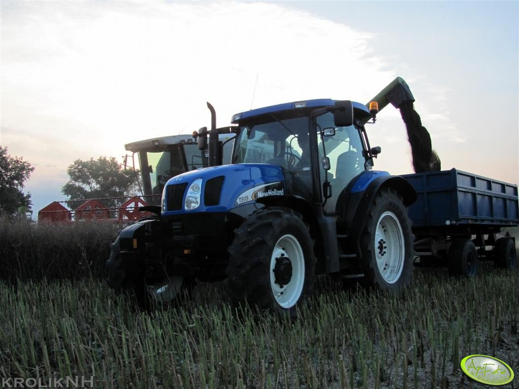 New Holland TS 115A + P78 S & Claas Medion 310