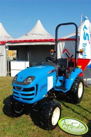LS Tractor