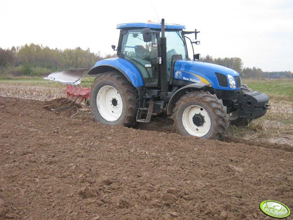 New Holland T6030 + Pottinger Servo 35