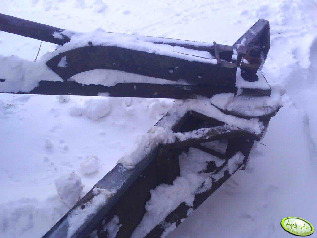 Obrotnica w szufli do ziemi i do śniegu