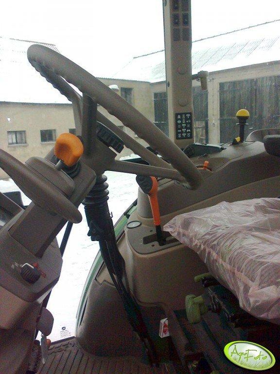 John Deere 5090R - kabina