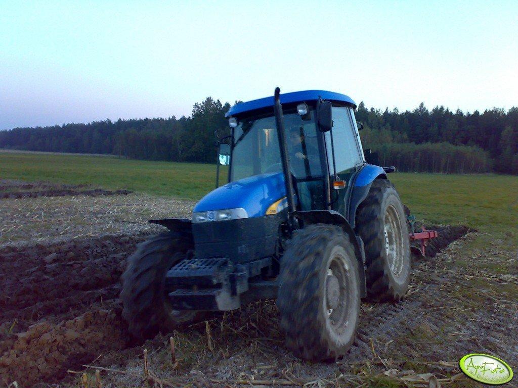 New Holland TD80D