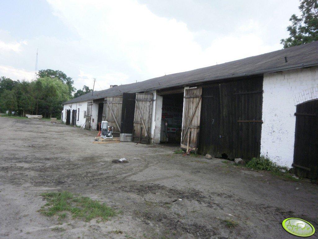 Warsztaty i garaże