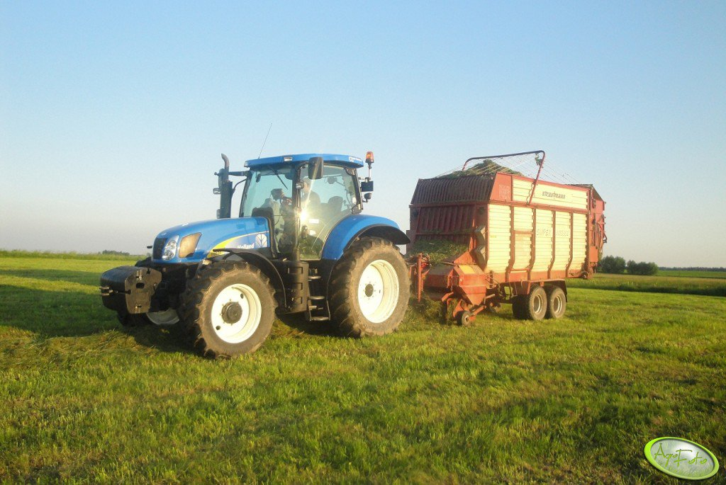 New Holland T6030 RC + Strautmann Supervitesse