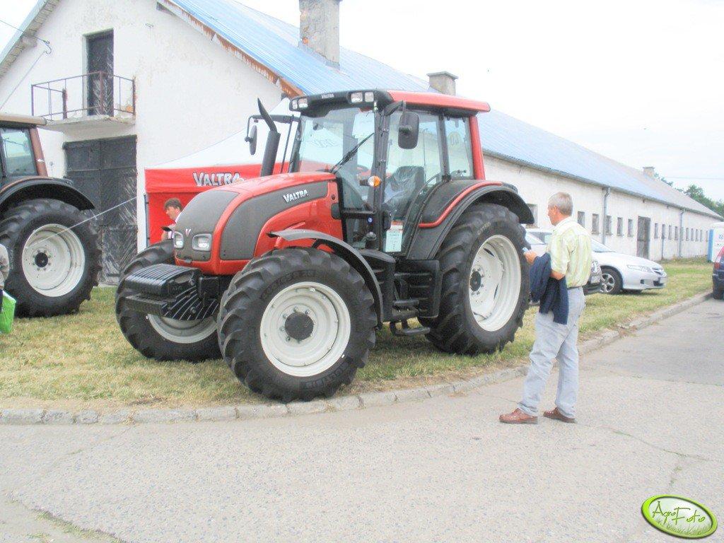 Valtra N111