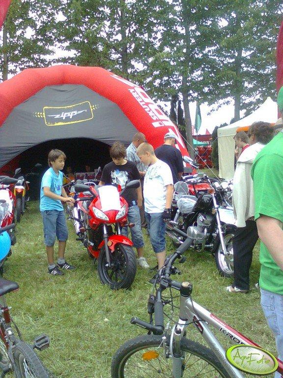 Skutery i motocykle