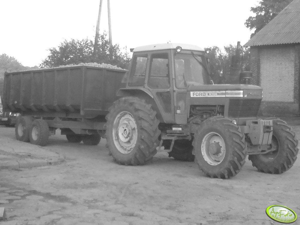 Ford 8700 + Tandem