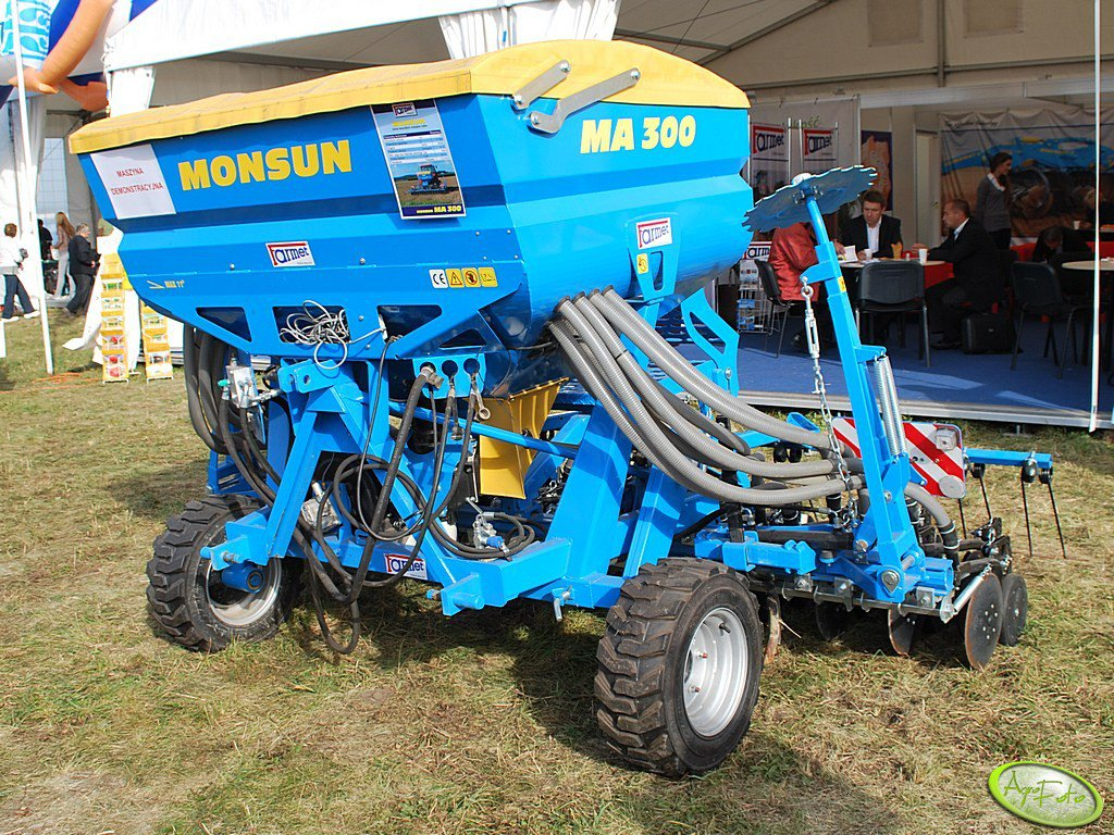 Siewnik FARMET MONSUN MA30