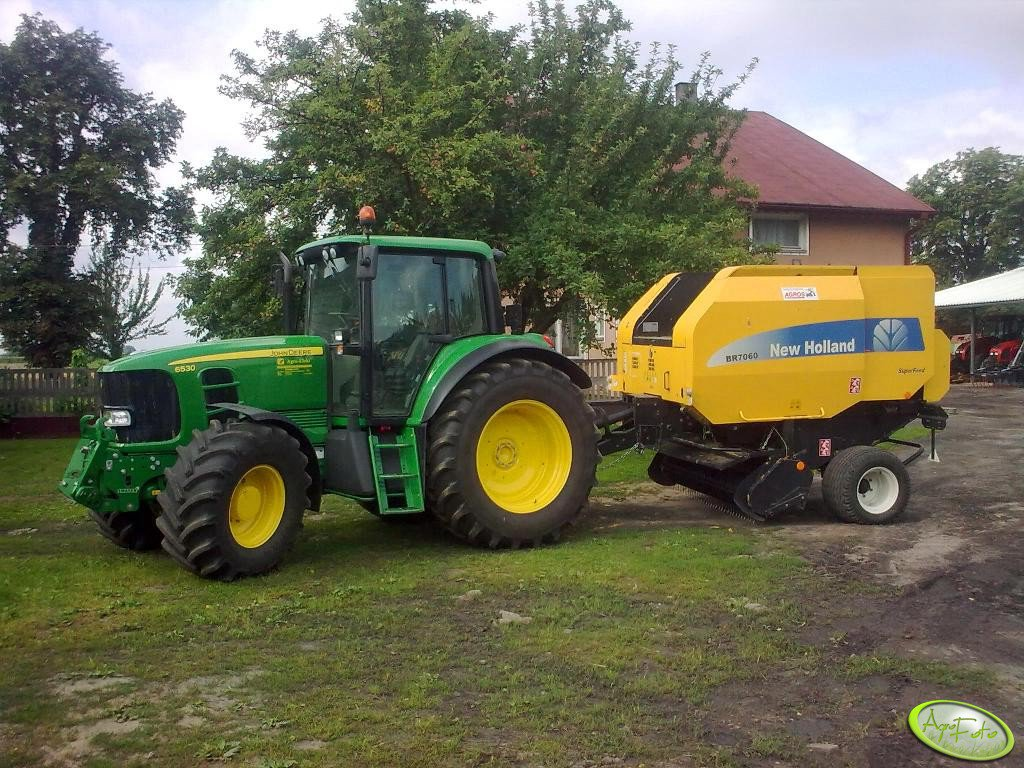 JD 6530 Comfort + New Holland BR 7060