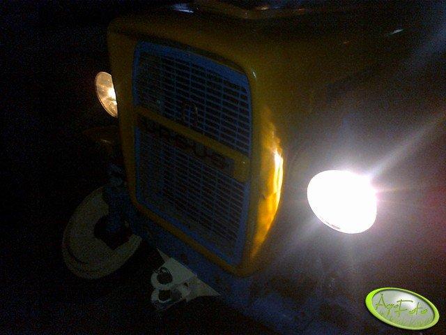 Światła Ursus C-330