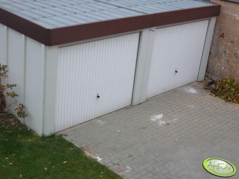 Garaże