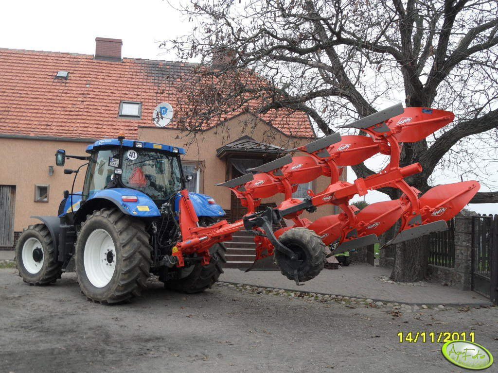 New Holland T6070 + Kuhn Vari Master 122