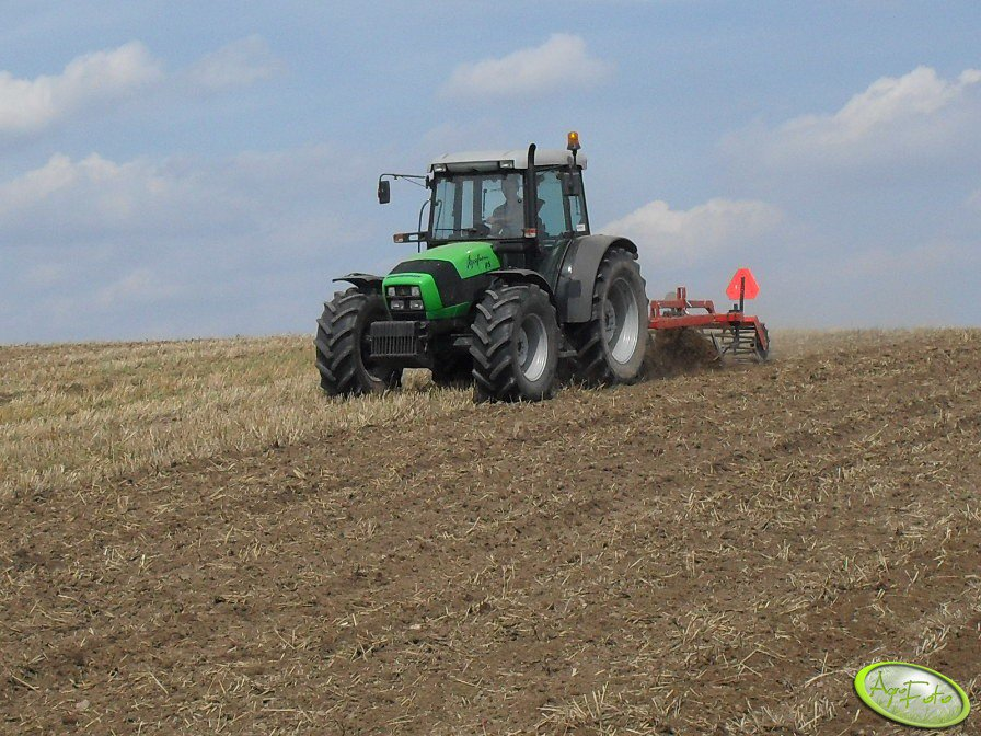 Deutz-Fahr Agrofarm 85 + gruber