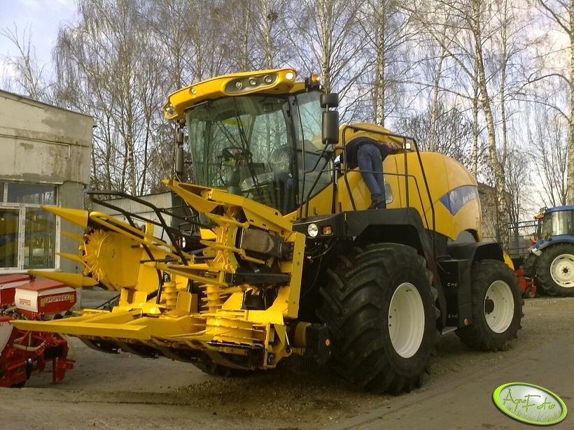 New Holland FR9040