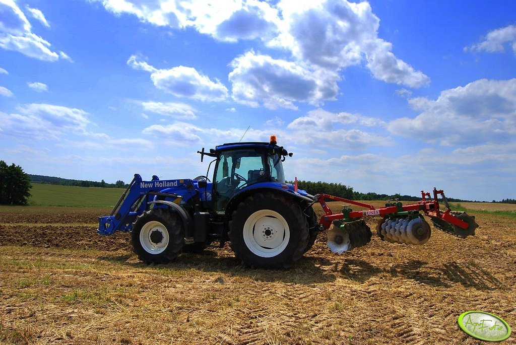 New Holland T6030 Delta + Unia Cut