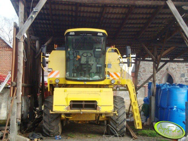 New Holland TC54