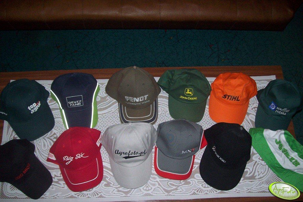 Kolekcja moich czapek