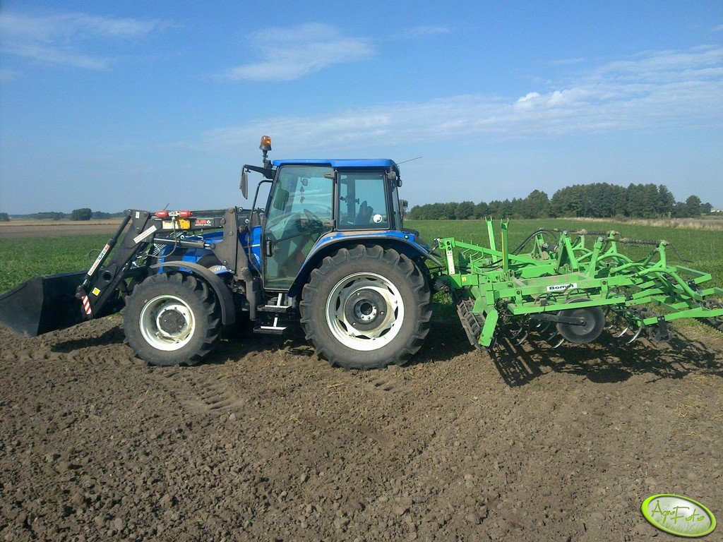 New Holland T5060 + Bomet 4,20