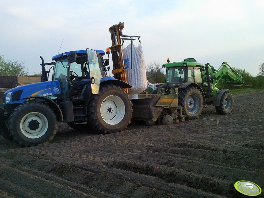 New Holland T6050 PLUS