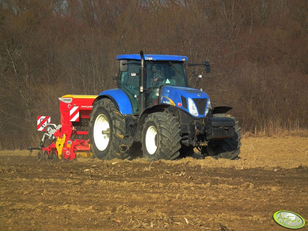 New Holland T7030 i Pottinger Lion& Vitasem