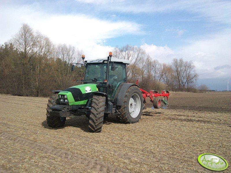 Deutz Fahr Agrofarm 430 TTV & Unia Tur 3+1