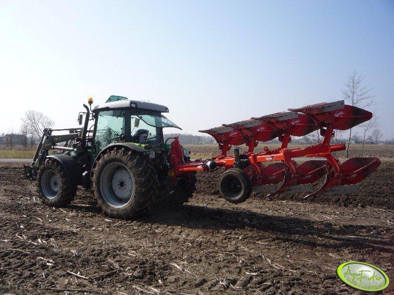 DF Agrofarm 430 PL + Kuhn Master 102 nsh
