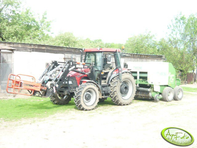 Case JX 90 & Krone Round Pack1250MC