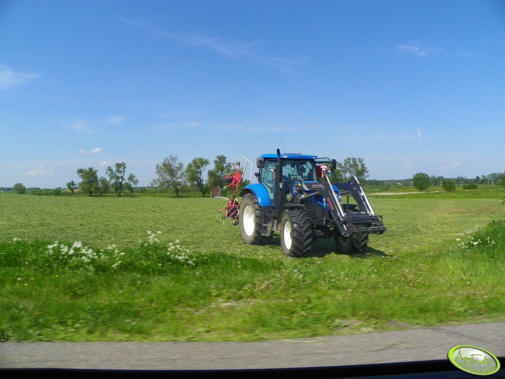 New Holland & Lely