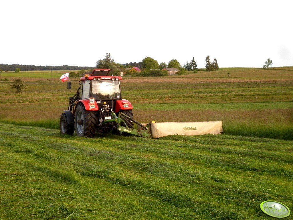 Farmer 10244 C1 & Krone