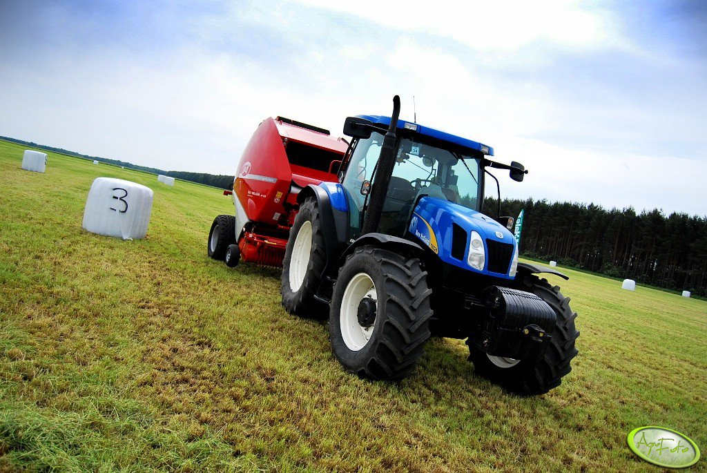 New Holland T6020 + LELY Welger