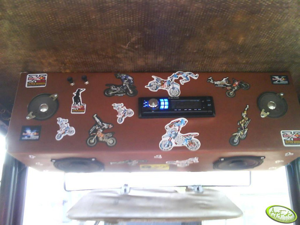 Radio w C-360