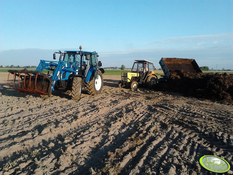 New Holland T5040 & Agromasz