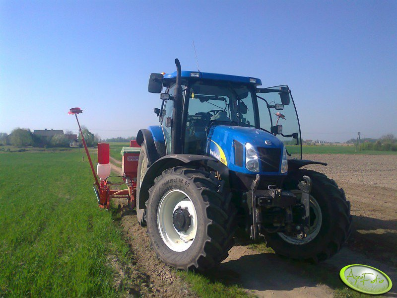 NH T6050 Plus + Gasparoo