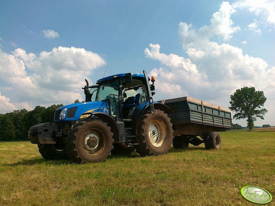 New Holland T6050 Plus + Przyczepa