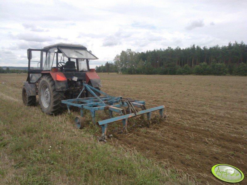 Belarus 820 + agregat uprawowy