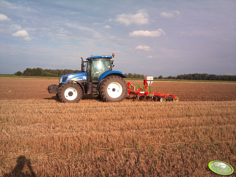New Holland T6030 RC & Unia Kos 3,0