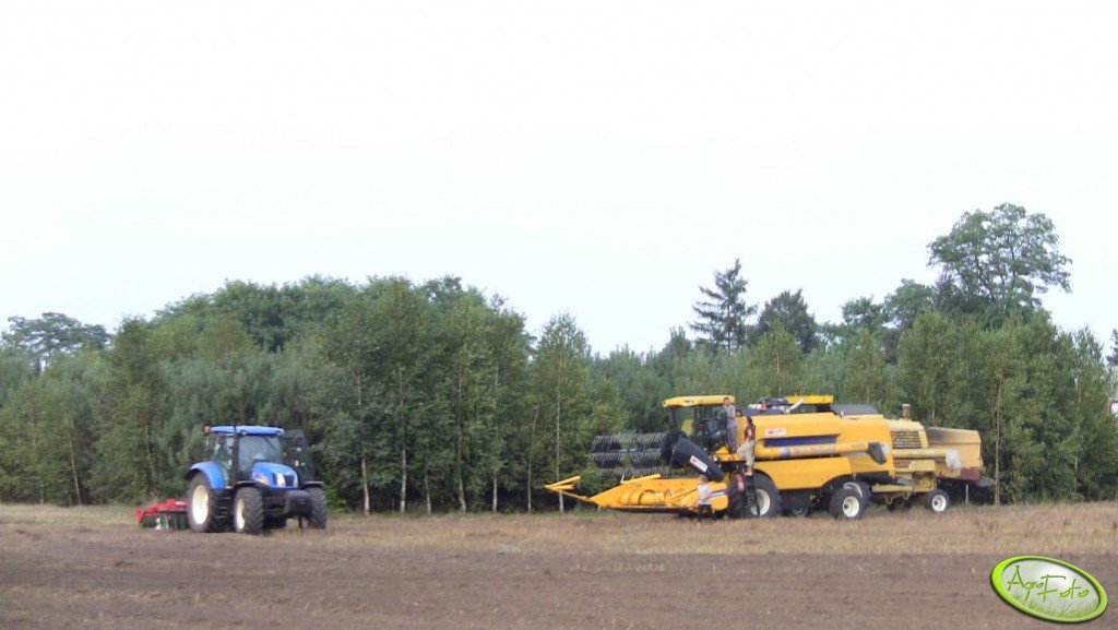 3 x New Holland