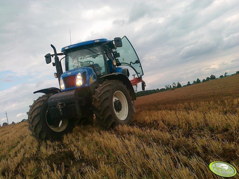 New Hollland T6050 PLUS + Kverneland