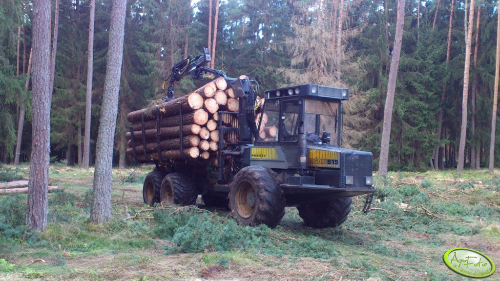 Forwarder Ponsse Bison S15