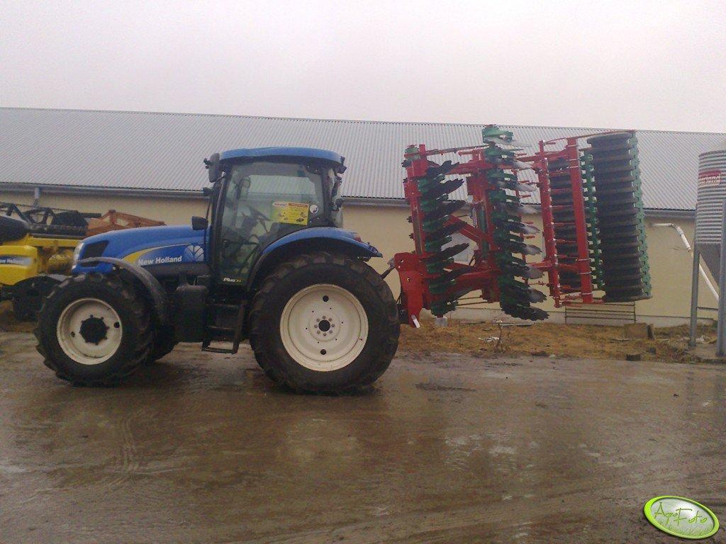 NH T6030 + Agro-Masz