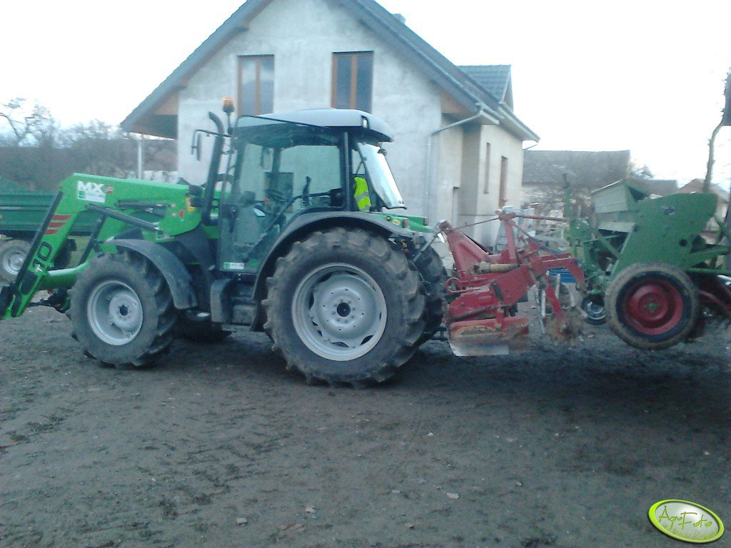 Deutz Fahr Agrofarm 420